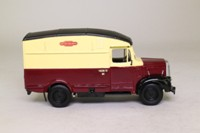 Vanguards VA07500; Morris Commercial Van; British Railways