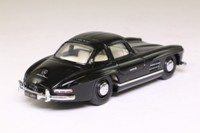 Dinky Toys DY-12; 1955 Mercedes-Benz 300SL Gull Wing; Black