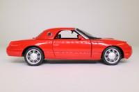 Maisto 31966; 2002 Ford Thunderbird; Red