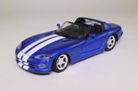 Maisto 31932; 1997 Dodge Viper RT/10; Blue Metallic