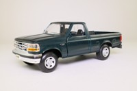Maisto 31911; 1993 Ford F-150 Pickup; Metallic Green