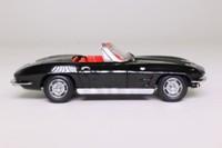 Minichamps 400 142830; 1963 Chevrolet Corvette Stingray Convertible; Tuxedo Black