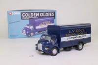 Corgi Classics 19301; Bedford S; Box Van, Lyon's Swiss Rolls