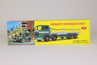 Dinky Toys 935; Leyland Octopus Flat Truck with chains; Green & Grey
