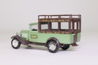 Solido 4405; 1930 Citroen C4F; Station Wagon, Palace Hotel, Green Metallic
