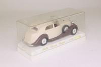 Solido 4071; 1939 Rolls-Royce Phantom III; Sedanca; Tan & Brown