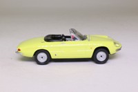 Maxi Car 10153; 1966 Alfa Romeo Spider Duetto 1600; Primrose Yellow