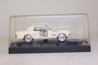 Solido 1922; 1965 Ford Mustang; Ecurie Ford France, RN64