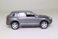 Solido 15109; 2002 Porsche Cayenne Turbo; Metallic Grey
