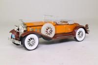 1930 Packard Roadster; Tan & Brown; National Motor Museum Mint