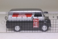 Oxford Diecast CA017; Bedford CA Van; Evening Standard