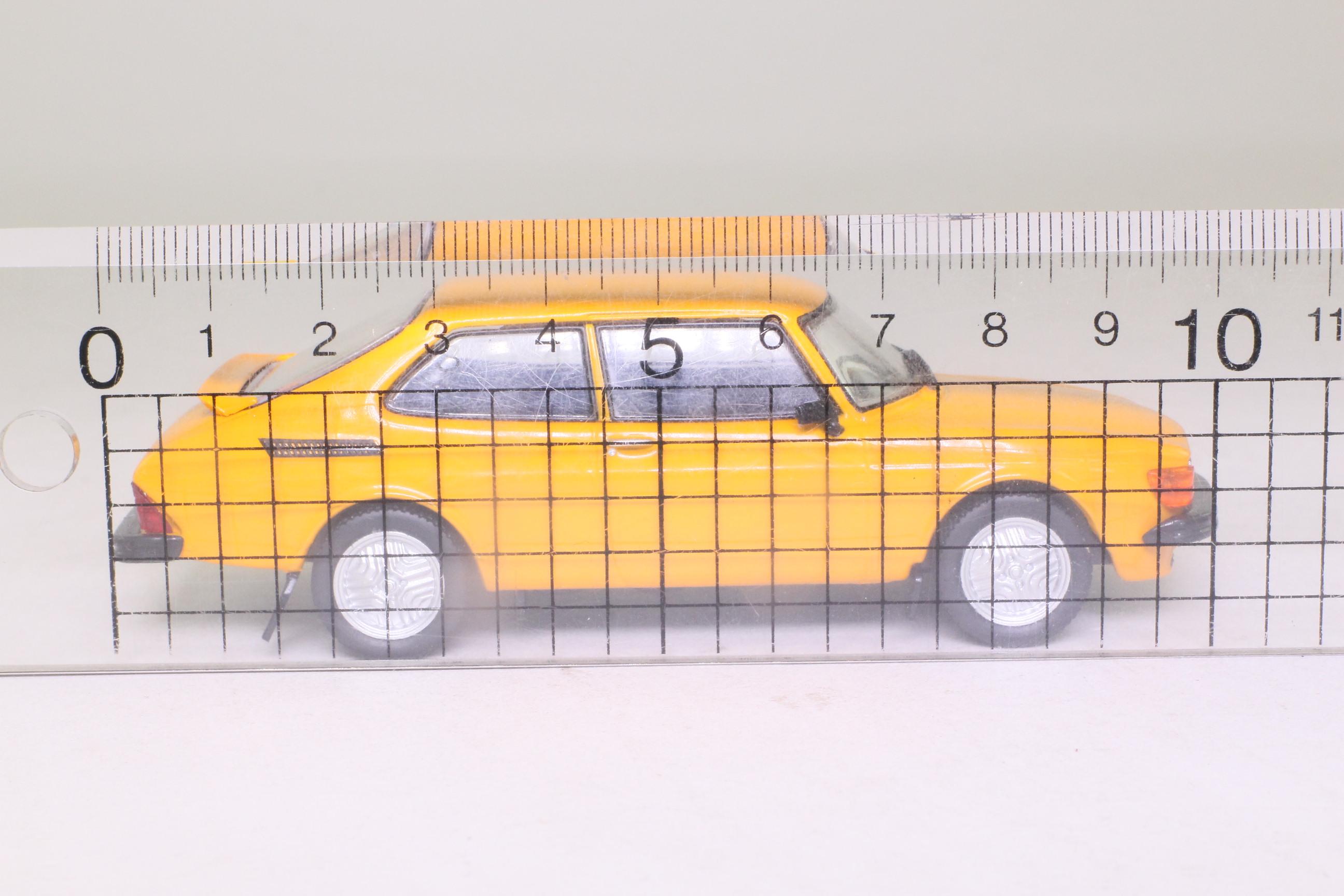White Box WB122; 1977 Saab 99 Turbo Combi Coupe; Orange