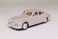Corgi Classics D700/4; 1959 Jaguar Mk.2 3.4 Litre; Golden Sand