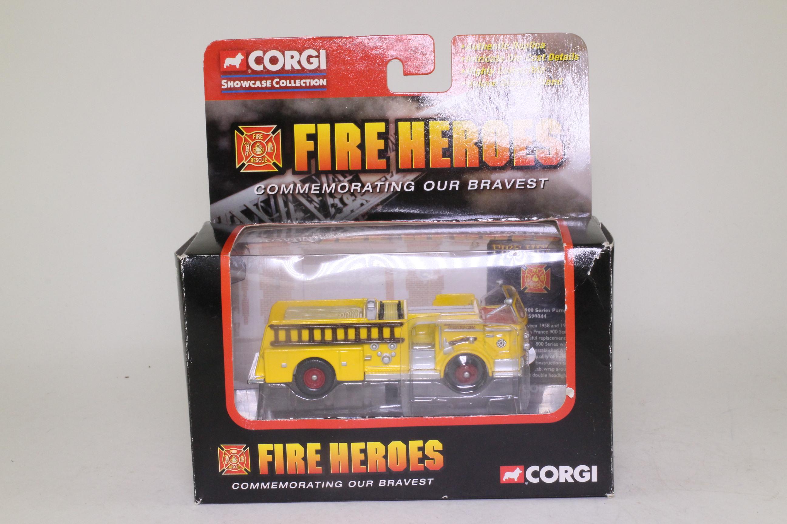 Corgi Classics CS90044; American La France 900 Pumper (1:64); Conschocken PA Fire Dept