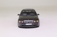 Minichamps 80440029790; 2001 BMW 7 Series (E65); Dark Purple Metallic