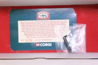 Corgi Classics 11802; ERF KV; 8 Wheel Rigid Flatbed: Bass Worthington, Barrels Load