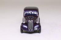 Vanguards VA07201; Ford Popular; Metallic Purple, Silver Flames