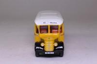 Corgi Classics 33802; Bedford OB Duple Vista Coach; Malta: Rt 45 Mellieha