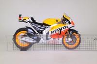 Minichamps 122 141126; Honda RC213V Motorcycle; 2014 MotoGP; Repsol Honda Team; Dani Pedrosa; RN26