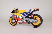 Minichamps 122 161193; Honda RC213V Motorcycle; 2016 MotoGP; Repsol Honda Team; Marc Marquez; RN93