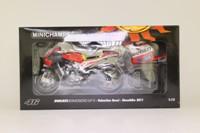 Minichamps 122 100146; Ducati Desmosedici GP11 Motorcycle; 2011 Showbike; Valentino Rossi
