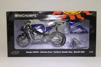 Minichamps 122 053046; Yamaha YZR-M1 Motorcycle; 2005 MotoGP, Gauloises Yamaha Team; Valentino Rossi; RN46