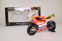 Minichamps 122 112046; Ducati Desmosedici GP11.2 Motorcycle; 2011 MotoGP; Valentino Rossi; RN46