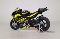 Minichamps 123 113005; Yamaha YZR-M1 Motorcycle; 2011 MotoGP; Monster Yamaha Tech 3; Colin Edwards; RN5