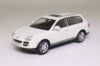 Cararama 02303; Porsche Cayenne S SUV; White