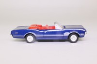 Dickie 331 5618; 1966 Oldsmobile 442; Open Convertible, Blue