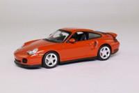 Minichamps 430 069308; 1999 Porsche 911 (996) Turbo; Orangerot Perlcolor