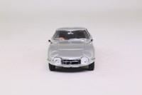 Kyosho 03031S; Toyota 2000GT; Metallic Silver