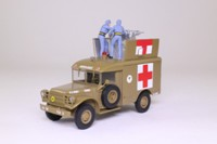 James Bond; Dodge M-43 Ambulance; Goldfinger; Universal Hobbies 127
