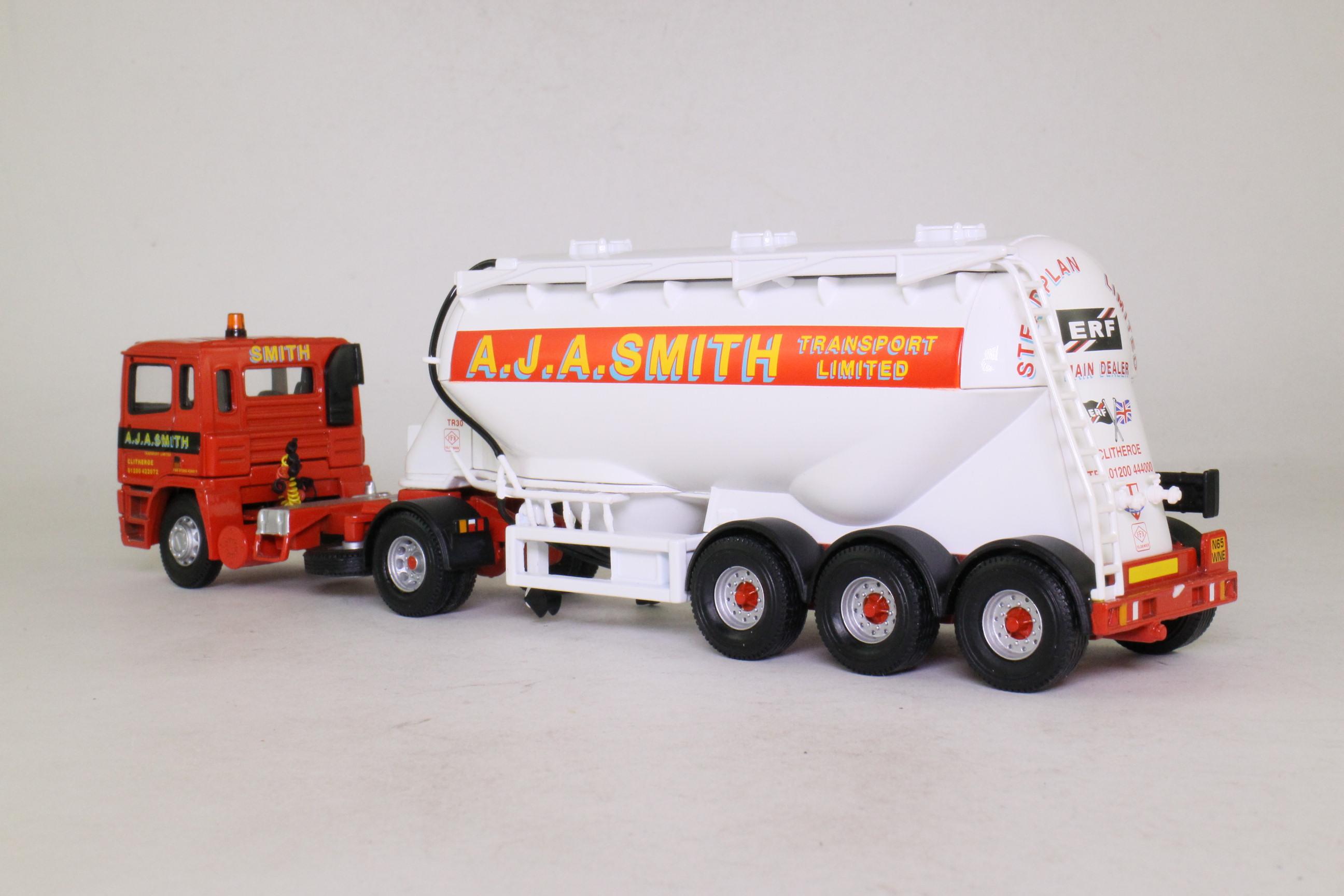 Corgi Classics 74902; ERF EC Artic; Powder Tanker: AJA Smith Transport Ltd