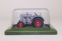 Universal Hobbies; 1938 Deutz F2M315 Tractor; Germany