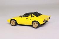 Universal Hobbies 464100; 1972 Lancia Stratos; Yellow