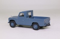 Vanguards VA07608; Land-Rover LWB Series 2; Marine Blue
