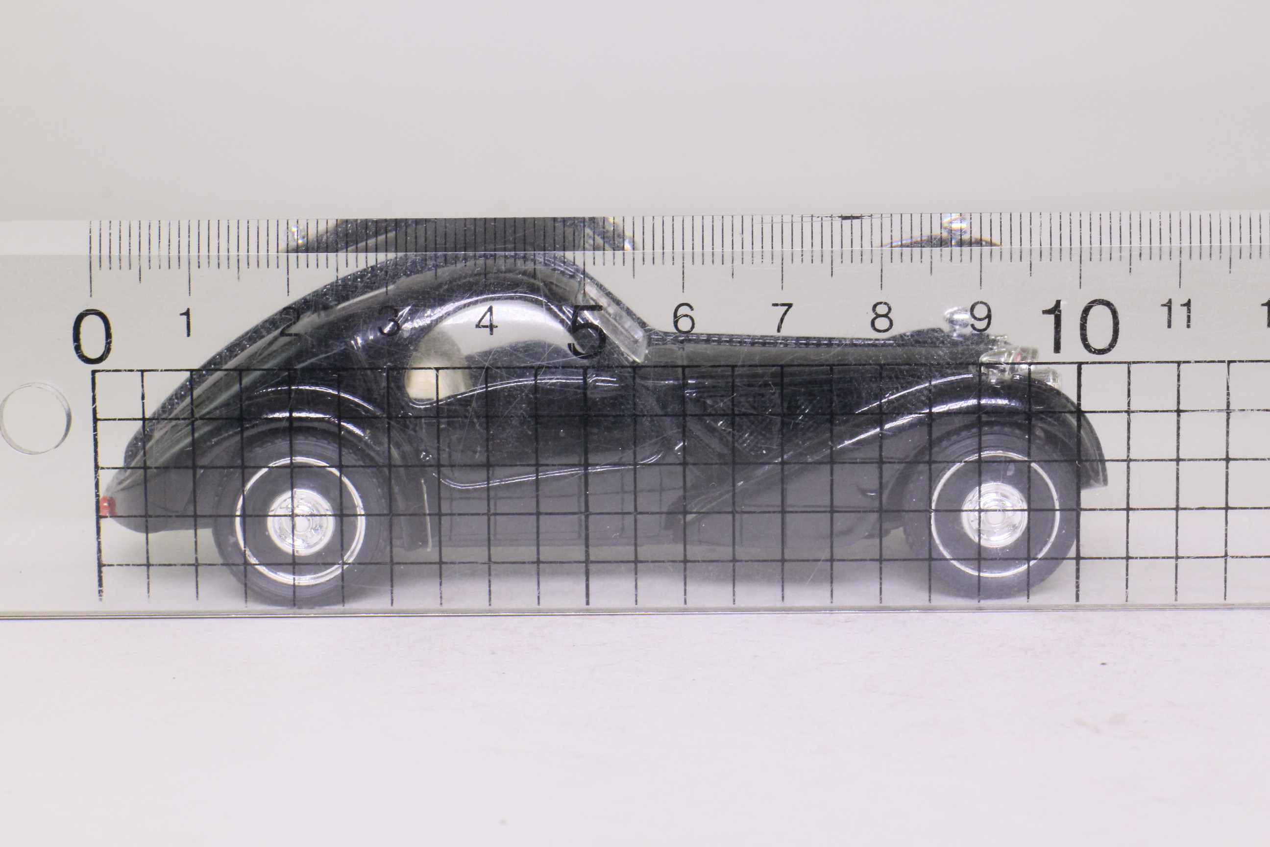 Brumm 57-S; 1934 Bugatti Type 57 Coupe Atalante; Black
