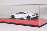Looksmart LS461B; Lamborghini Huracan; After Market Bianco Monocerus; Liberty Walk