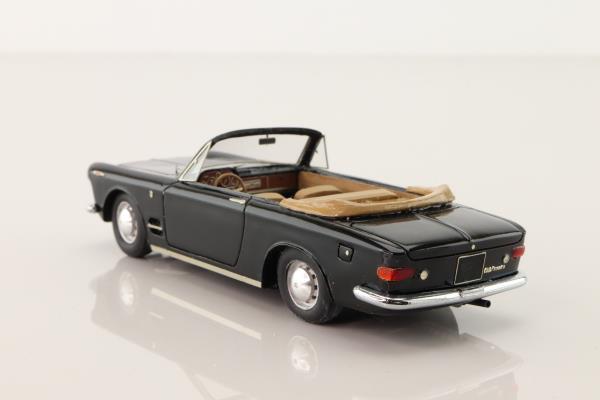 Gamma Models GMK-103; 1962 Fiat 2300 Spyder Ghia; Black