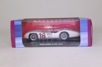 Atlas Editions 3128 009; Mercedes-Benz W196 Formula 1; 1954 French GP 1st; Juan Manuael Fangio; RN18