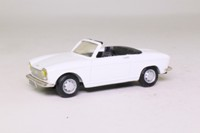 Mini-Route; 1970 Peugeot 204 Cabrio; Open; White