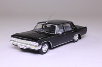 James Bond, ZIL-117; Casino Royale; Universal Hobbies 104