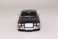 Vanguards VA08620; Jaguar XJ6 4.2 Series 1; Black Tulip