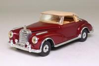 Corgi Classics 806; 1956 Mercedes-Benz 300 SC Convertible; Soft Top; Maroon/Tan