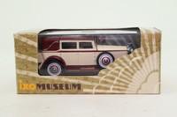 IXO MUS008; 1930 Isotta Fraschini Tipo 8; Maroon & Cream