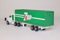 Corgi 91500; Leyland Landtrain Articulated Truck; Box Trailer, 7 Up