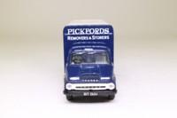 Corgi Classics 30309; Ford Thames Trader; Box Van: Pickford's Removers & Storers