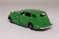 Dinky Toys 39a; Packard Super 8; Green, Black Hubs