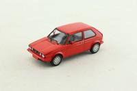 Minichamps 400 055170; 1983 Volkswagen Golf GTi; Marsrot; Pirelli Wheels